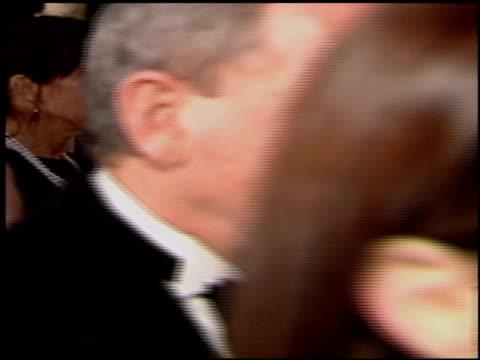 vídeos de stock e filmes b-roll de catherine hardwicke at the 2004 academy awards ballroom at the kodak theatre in hollywood california on february 29 2004 - 76.ª edição da cerimónia dos óscares