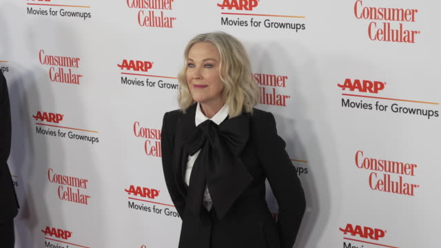 catherine o'hara at the 18th annual movies for grownups awards at the beverly wilshire four seasons hotel on february 04, 2019 in beverly hills,... - フォーシーズンズホテル点の映像素材/bロール