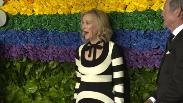 catherine o'hara at the 73rd annual tony awards arrivals at radio city music hall on june 09 2019 in new york city - annual tony awards stock videos & royalty-free footage