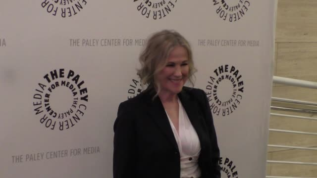 catherine o'hara at the paley center for media presents paleylive an evening with schitt's creek at paley center in beverly hills - celebrity... - paley center for media los angeles stock videos & royalty-free footage