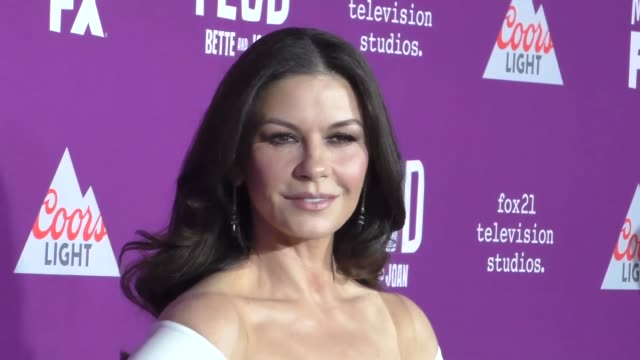 """catherine zeta-jones at the premiere of fx network's """"feud: bette and joan"""" at tcl chinese theatre on march 01, 2017 in hollywood, california. - キャサリン・ゼタ・ジョーンズ点の映像素材/bロール"""