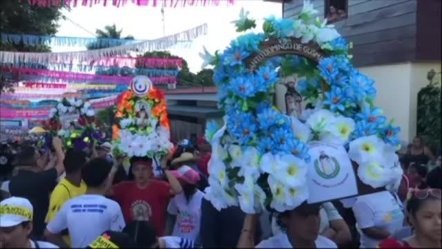 stockvideo's en b-roll-footage met catholics celebrate the opening of the ten day celebration of the santo domingo de guzman festival in managua nicaragua - managua