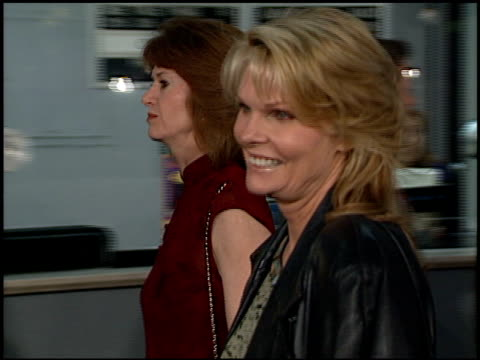 cathy lee crosby at the premiere of 'the mighty' at cineplex odeon in century city, california on october 7, 1998. - odeon cinemas点の映像素材/bロール