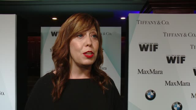 stockvideo's en b-roll-footage met interview cathy schulman on how important the organization is to the industry at women in film 2015 crystal lucy awards presented by max mara bmw of... - hyatt
