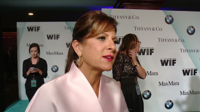 stockvideo's en b-roll-footage met interview cathy schulman on tonight's event at women in film 2015 crystal lucy awards presented by max mara bmw of north america and tiffany co at... - hyatt