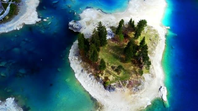 Caumasee meer in Zwitserland