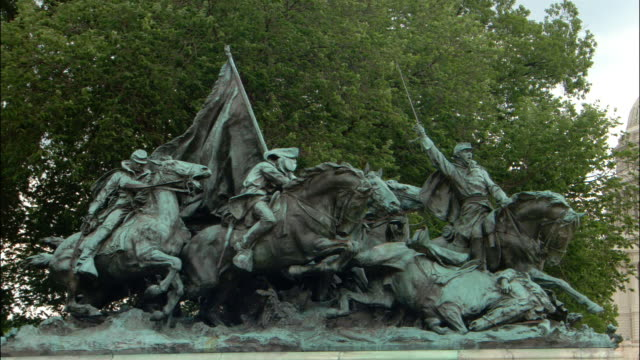 ms, cavalry statue, washington dc, usa - male likeness stock videos & royalty-free footage
