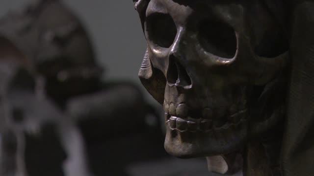 Caza de fantasmas mausoleos elaborados y catacumbas llenas de momias