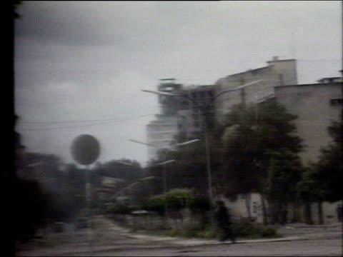 Ceasefire declared LIBI BV Angolan soldiers firing machine guns in town