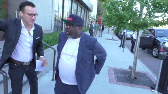cedric the entertainer outside baltaire restaurant in brentwood in celebrity sightings in los angeles, - brentwood los angeles stock videos & royalty-free footage