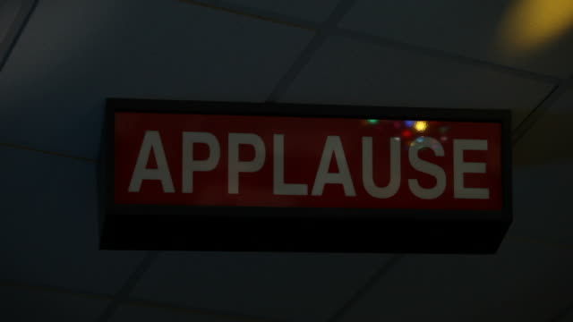 Ceiling Mounted Illuminated Applause Sign Flashing