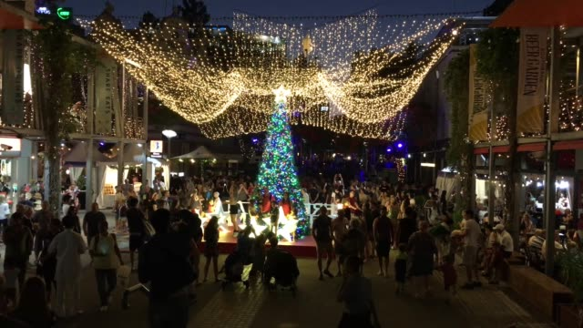 celebrating christmas in southbank brisbane queensland australia - nightlife stock videos & royalty-free footage