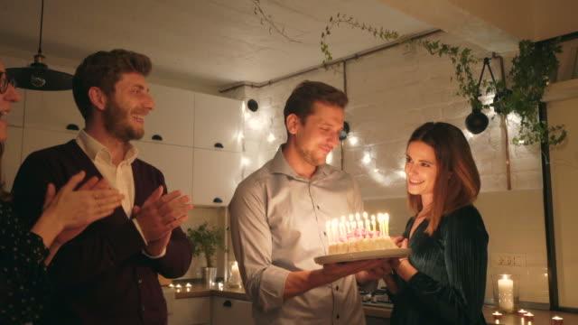 vídeos de stock e filmes b-roll de celebrating my birthday together! - candlelight