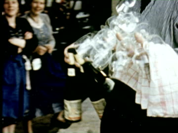 ms celebrating wine festival  audio / germany   - 10 sekunden oder länger stock-videos und b-roll-filmmaterial