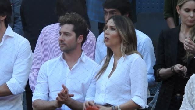 celebrities attend mutua madrid open game 2019 - サンドラ・ガゴ点の映像素材/bロール