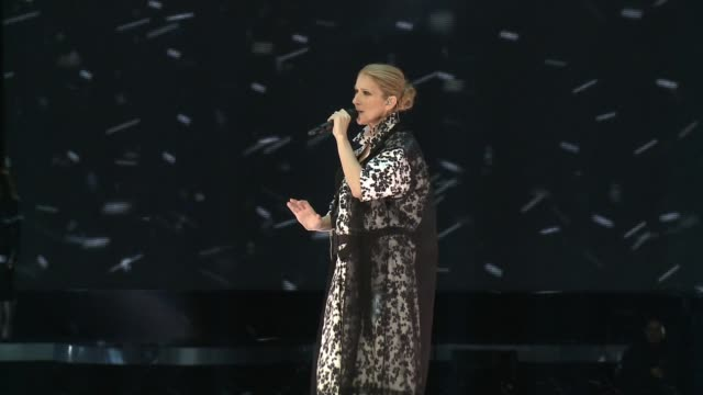 performance celine dion at the 2017 billboard music awards celine dion interview at tmobile arena on may 18 2017 in las vegas nevada - céline dion stock videos & royalty-free footage