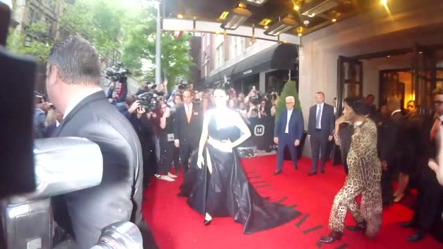 celine dion outside the mark hotel in new york in celebrity sightings in new york, - セリーヌ・ディオン点の映像素材/bロール