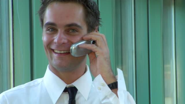 cell businessman - skjorta och slips bildbanksvideor och videomaterial från bakom kulisserna