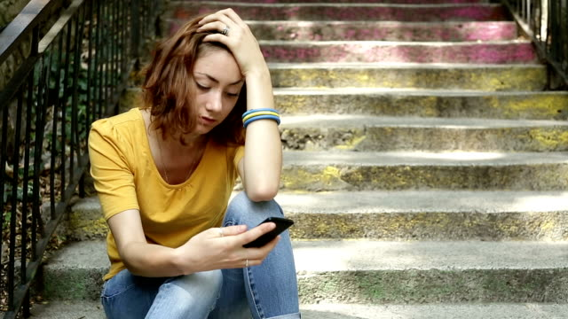 cell phone break up - depression sadness stock videos & royalty-free footage