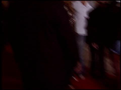 vídeos y material grabado en eventos de stock de cellular premiere at the cellular premiere at arclight cinemas in hollywood, california on september 9, 2004. - arclight cinemas hollywood