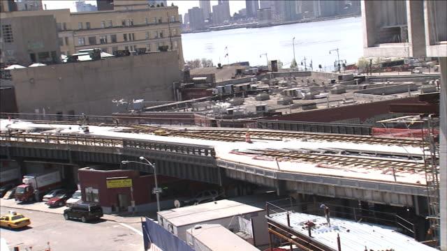 vídeos y material grabado en eventos de stock de a cement mixer speeds away from a construction site. - cement mixer