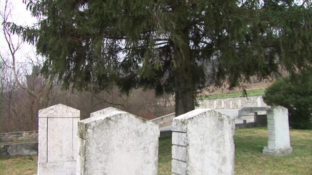 hd: friedhof - war stock-videos und b-roll-filmmaterial