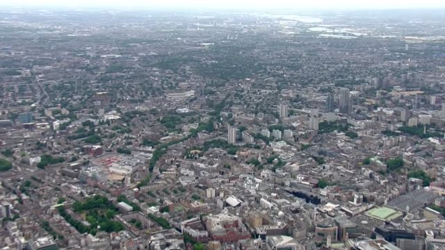 aerials england london air views / aerials central london / looking east towards stratford - forze armate britanniche video stock e b–roll