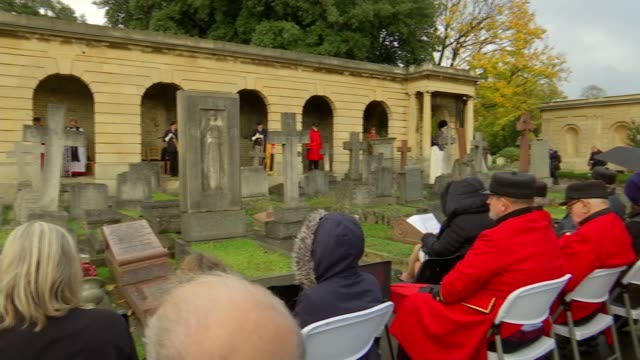 memorial unveiled for royal parks staff who lost their lives; uk, london, brompton cemetery; memorial plaque for royal parks staff being unveiled,... - loyd grossman stock videos & royalty-free footage