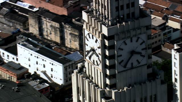 stockvideo's en b-roll-footage met central do brasil - aerial view - rio de janeiro, rio de janeiro, brazilië - middelste deel