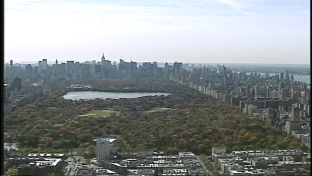 central park aerial shot looking south central park aerial facing south on january 01 2012 - salmini stock videos & royalty-free footage