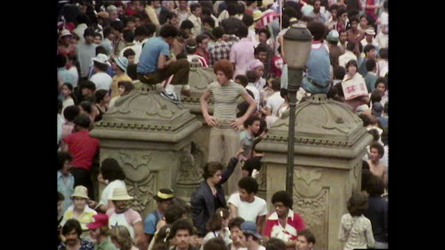 central park crowds on a sunny day in new york; 1980 - positive emotion stock videos & royalty-free footage