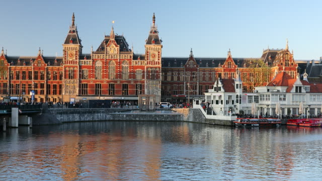 stockvideo's en b-roll-footage met central station, amsterdam, netherlands, europe - traditie