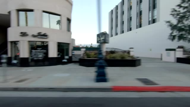 central la v synced series right view driving process plate - side view stock videos & royalty-free footage