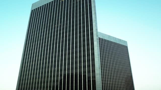 stockvideo's en b-roll-footage met century plaza towers, los angeles - drone shot - century plaza