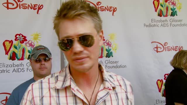 chad michael murray on the event the booth he's working and coming back to 'one tree hill' at the 'a time for heroes' carnival to benefit the... - one tree hill stock videos and b-roll footage
