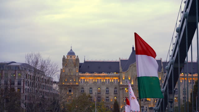 chain bridge in budapest - traditionally hungarian stock videos & royalty-free footage