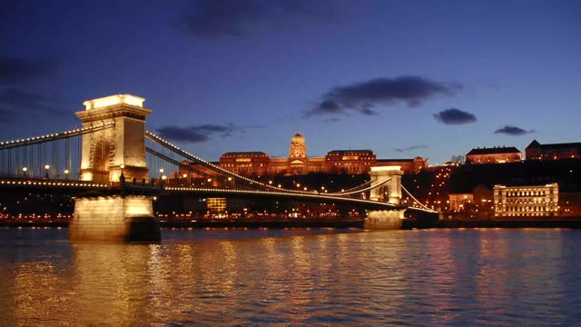 chain bridge sunset, budapest, capitol of hungary, europe - traditionally hungarian stock videos & royalty-free footage