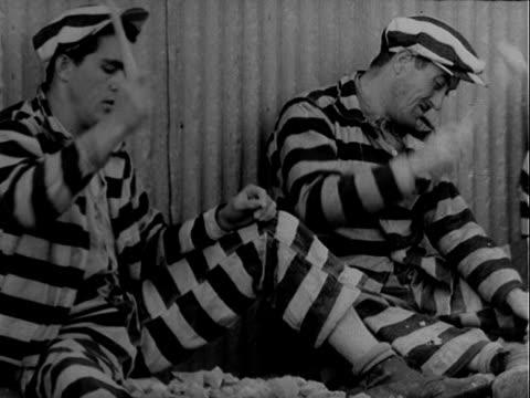 vídeos y material grabado en eventos de stock de chain gang - preso