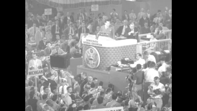 vidéos et rushes de chairman democrat national committee frank e mckinney and keynote speaker gov paul a dever step to podium and mckinney gavels session to order / vs... - actualités cinématographiques