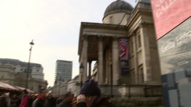 vídeos de stock e filmes b-roll de chairman of royal fine art commission trust describes christmas market in trafalgar square as an 'assembly of tat'; england: london: trafalgar... - presidente de empresa