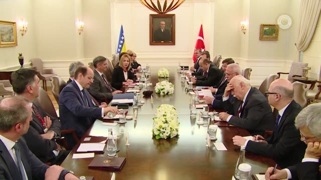 chairman of the council of ministers of bosnia and herzegovina denis zvizdic attends a inter-delegation meeting with turkish prime minister ahmet... - トルコ首相点の映像素材/bロール