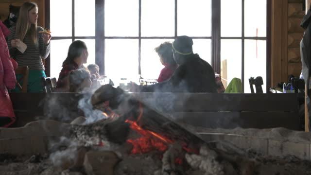 chalet diverse family ski resort weekend amateur apres-ski - ski holiday stock videos & royalty-free footage