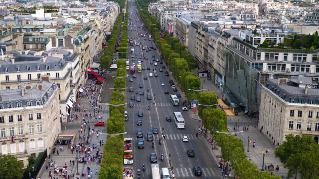 champ elysees street in paris - avenue des champs elysees stock videos & royalty-free footage