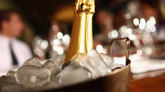 vidéos et rushes de ms pan champagne at the restaurant people behind the cooler night life / sao paulo, brazil - bouteille
