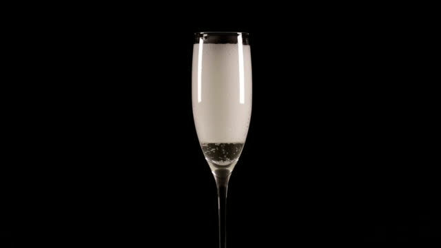 Champagne filled in Glass HD