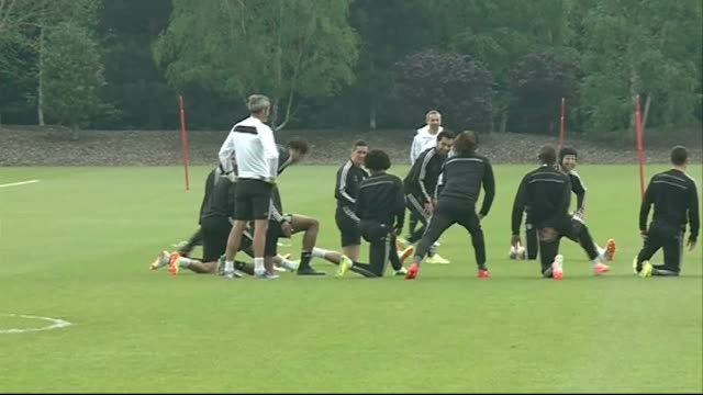 chelsea beaten by atletico madrid in semifinal 2942014 england london stamford bridge ext chelsea players training as watched by jose mourinho john... - semifinal round stock videos & royalty-free footage