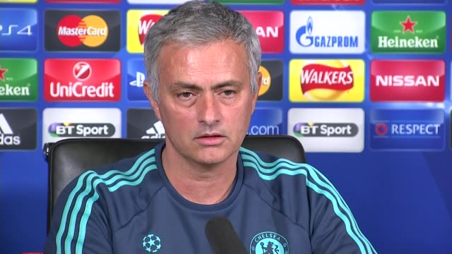 chelsea training and mourinho press conference int jose mourinho press conference sot it's a combination of factors / some of them i won't even touch... - touch football video stock e b–roll
