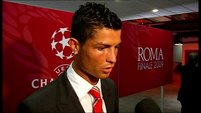 final barcelona v manchester united postmatch interviews and shots from mixed zone ronaldo interview sot team did not play well / barcelona were... - インタビュー点の映像素材/bロール