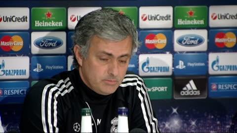 vidéos et rushes de manchester united v real madrid: jose mourinho press conference; england: manchester: etihad stadium: int jose mourinho press conference sot -i... - respect