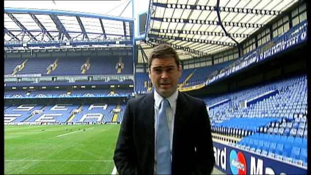run up to chelsea v copenhagen match england london chelsea stamford bridge reporter to camera carlo ancelotti press conference - regione dell'oresund video stock e b–roll